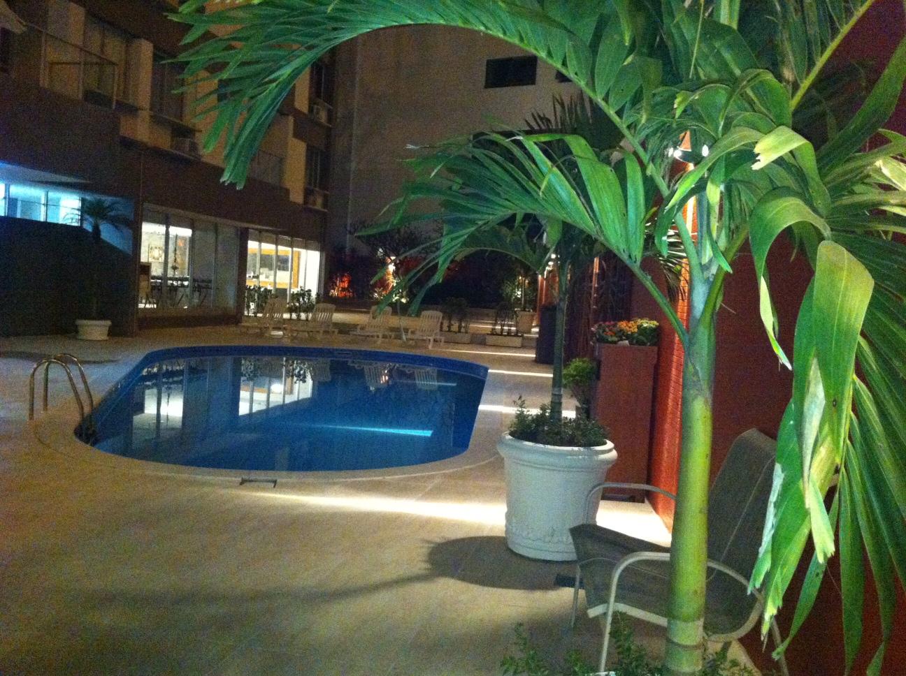 Foto da piscina em área comum